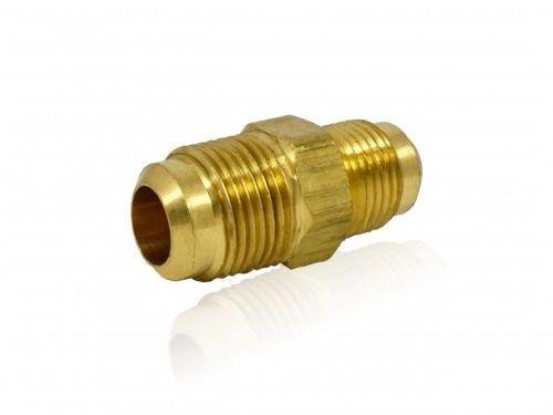 Łącznik redukcyjny mosiężny (nypel) skręcany do rur miedzianych 1/2-5/8 cala (ZLR1258)