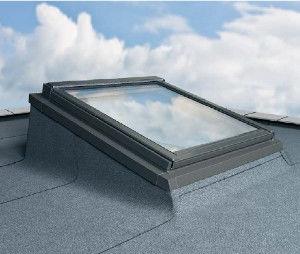 System płaskich dachów EFW do okien wyłazowych Fakro