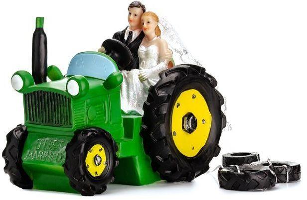 Figurka na tort Młoda Para na traktorze PF34
