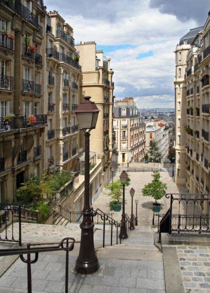 Fototapeta Schody Paris Montmartre - 183x254 cm