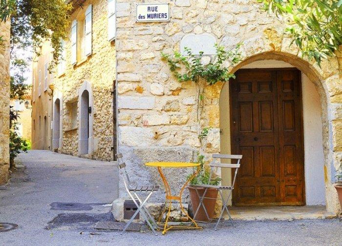 Fototapeta ścienna - Mougins, Francja - 254x183 cm
